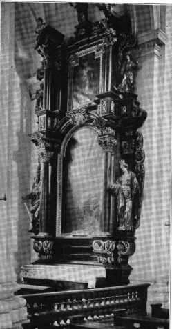 Fig. 231. Pfarrkirche St. Paul. Altar de...